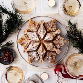 Nordic Ware Bakform Snowflake Bundt® Pan - Hus-modern.se