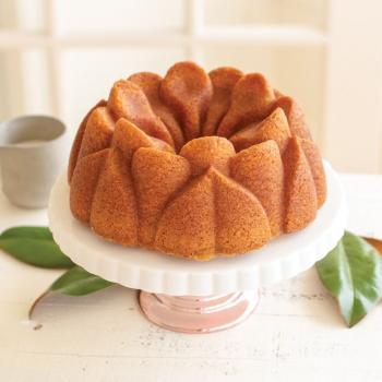 Nordic Ware Bakform Magnolia Bundt® Pan - Hus-modern.se